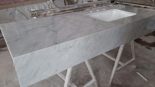 Mármol de Carrara: la vigencia de un clásico