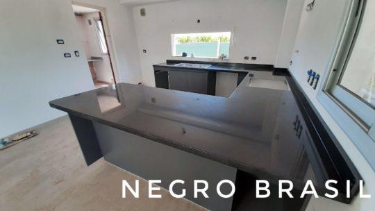 La elegancia del Granito Negro Brasil