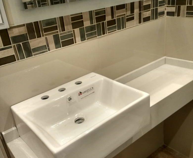 Mesadas de cuarzo para baño: Blanco Norte